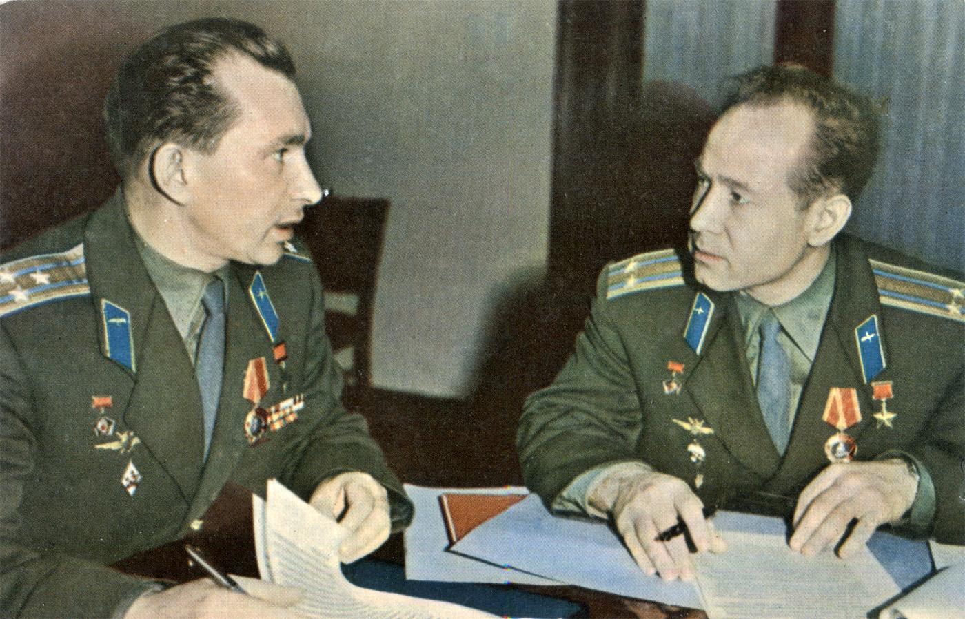 Cosmonauts Belyaev and Leonov